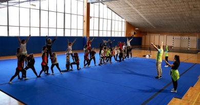 Priporočila v športni panogi cheerleading za izvajanje vadbe v času epidemije